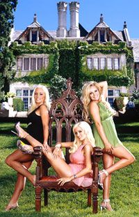 girls of the mansion