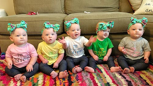 The Busby Quintuplets To Replace The Duggar Family On TLC