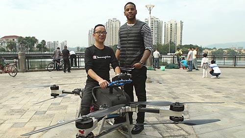 Reggie Yates in China