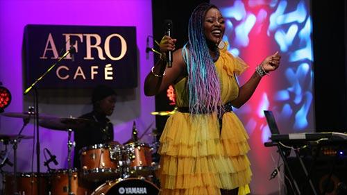 Afro Café 15