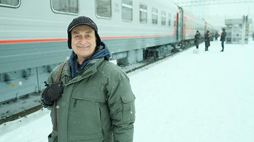Around the World by Train with Tony Robinson 2
