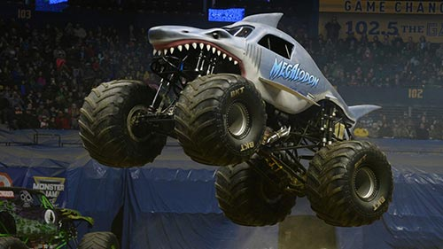 Diesel Brothers: Monster Jam Breaking World Records